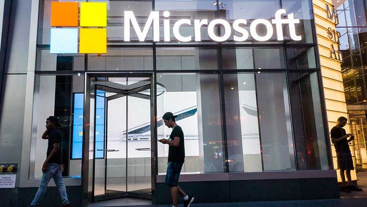 Boost In Technology Budgets Benefits Amazon, Microsoft, Salesforce  #Technology #Amazon #Microsoft #Salesforce #TechNews