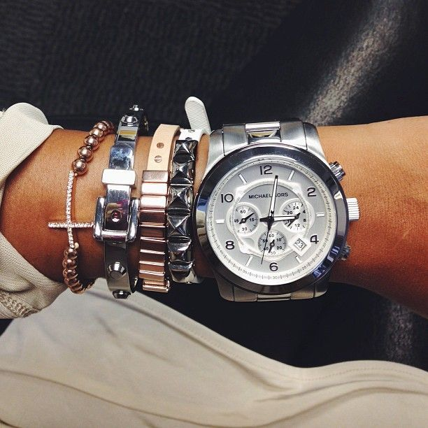 proper arm candy
