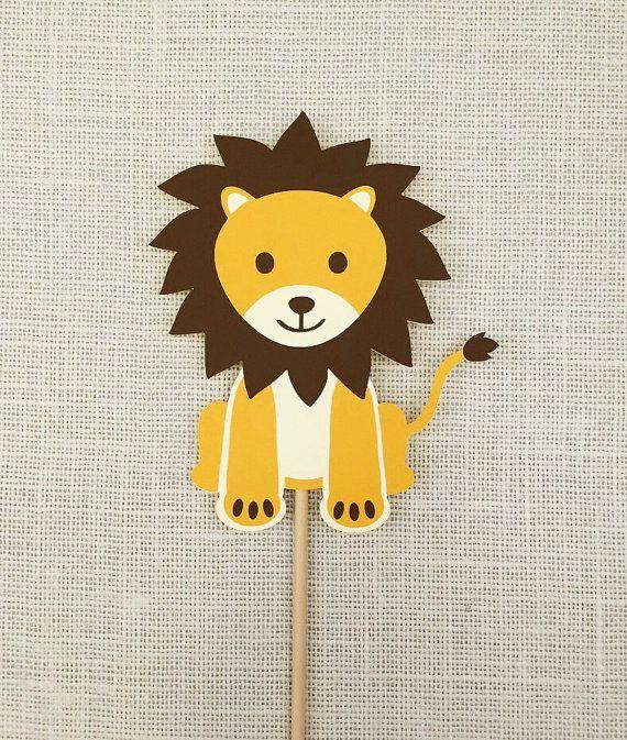 Lion Photo Booth Prop. #LionPhotoProp #SafariBirthday #BabyShowerProps
