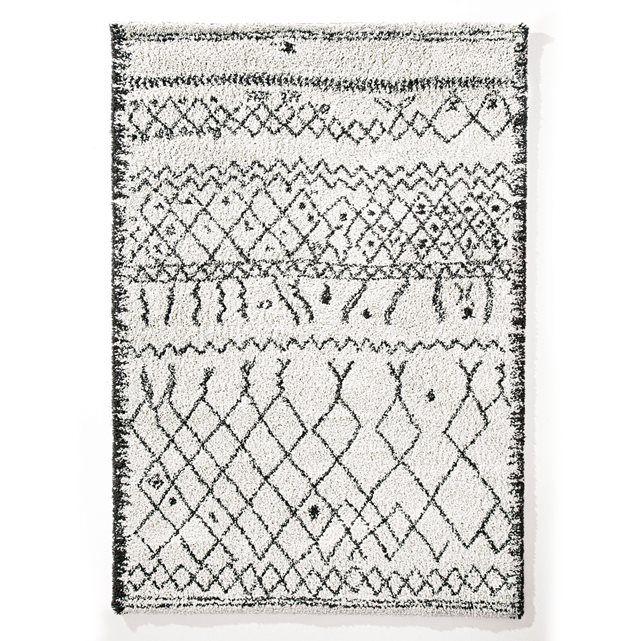 Tapis style berbère Afaw. Thème inspiré d'un artisanat de caractère, le tapis Afaw s'accorde parfaitement aux intérieurs authentiques ou contemporains.Fabrication européenne.  Caractéristiques du tapis style berbère Afaw :Tissage style berbère fabriqué à base de matériaux recyclables.100% polypropylène.Finitions à cru.Traité heatset antiacariens Oeko-texRetrouvez la descente de lit assortie et le reste de la collection tapis sur laredoute.fr.Qualité :Un entretien facile :   aspirer…