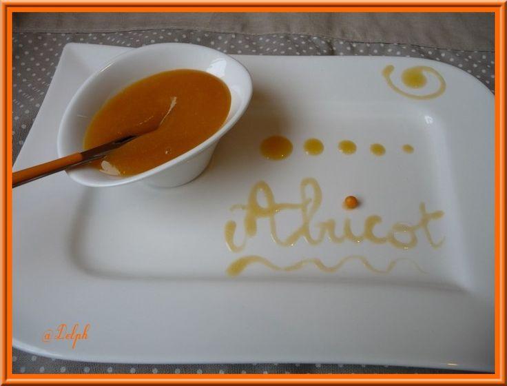 Pour écouler mes abricots du congélateur, j'ai testé le coulis.... C'est un…