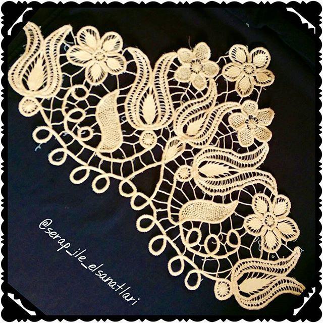 Mutlu akşamlar #dantelanglez #angles #dantel #lace #handmade #elislemeli #elsanatları #aksesuar #sıkiğne