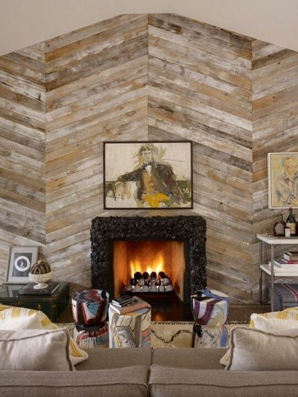Love the herringbone reclaimed wood wall with the dyed oyster shell  fireplace surround. - 64 Best Pallet Wood Walls Images On Pinterest Home, Pallet Walls