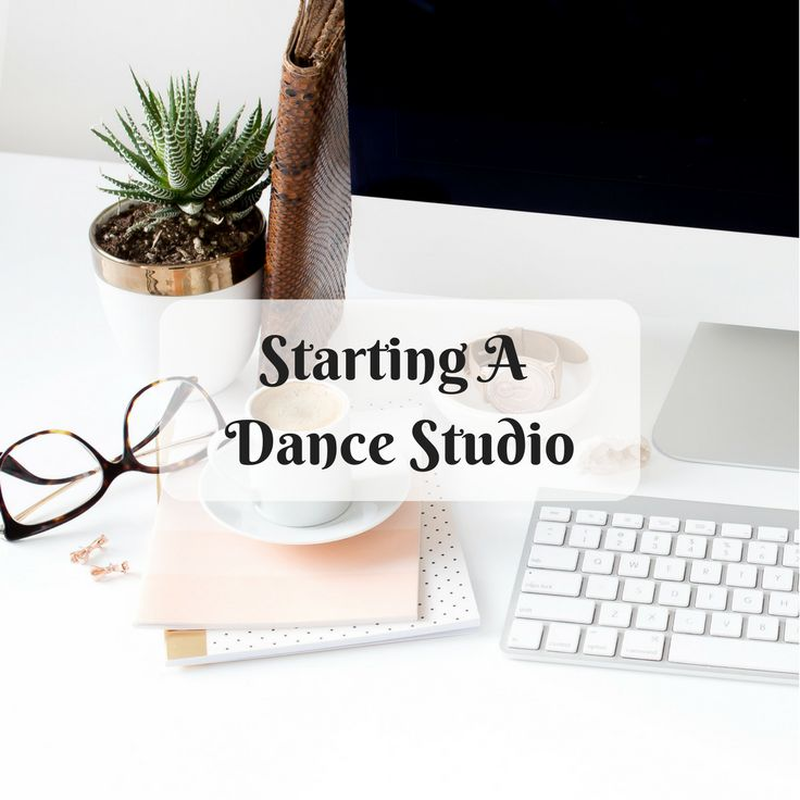Tips & Resources to for Solo Mompreneurs interested in starting a Dance Studio. | How to open a dance studio | teaching dance | ballet class |