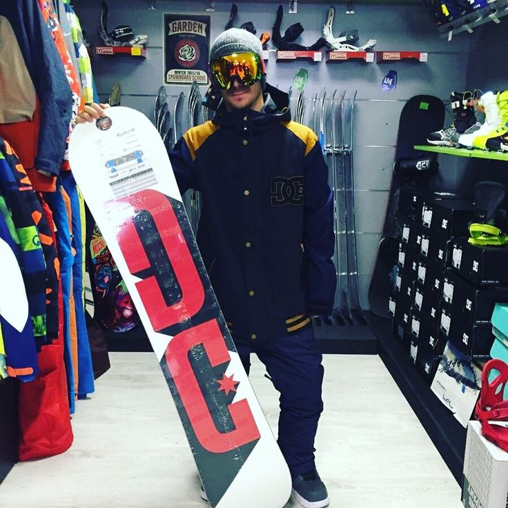Completo #snowboard #DCshoes  #Giacca #DC DCLA SE --> http://goo.gl/0iOwWF #Boots #DC Scout --> http://goo.gl/fhWK3w #Snowboard #DC Focus --> http://goo.gl/EAe58k #OutOf Maschera --> http://goo.gl/oFrhYx  Disponibile sul nostro SHOP online www.lm-snowboardstore.it