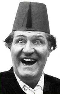 Humor jokes-Tommy Cooper's trademark style