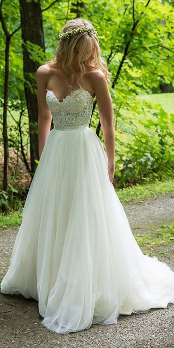 A-line Sweetheart Ivory Wedding Dresses With Lace Applique WD392
