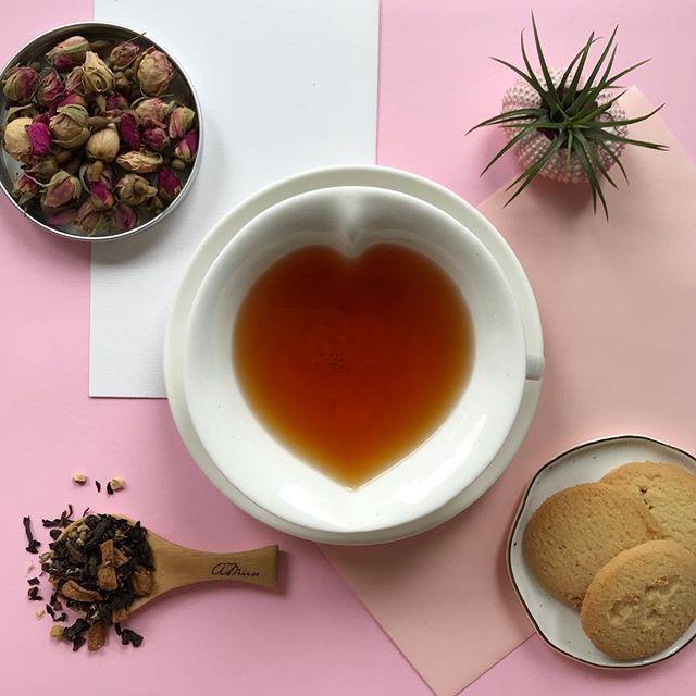Mid week tea break with our signature inspired tea blend!  Shop our signature blends online. Link in bio!       #amuseprojects #brewbyamuseprojects #brewbyamuse #tea #sgtea #teageek #instatea #teastagram #teagram #teaaddict #teaholic #sg #sgig #supportlocal #teatime #tealife #tealover #teaoftheday #tealove #ilovetea