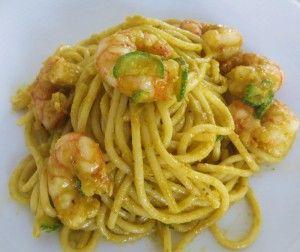 Spaghetti con zucchine e gamberi