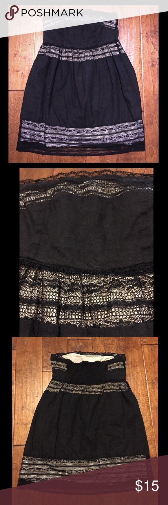 Sleeveless Mini Dress Black and beige Mini Dress • Sleeveless • Black lace panels with beige inner lining • Non-slip grip built inside • Preloved: black color is slightly faded; but no rips, no stains • Offers welcome! Dresses Mini