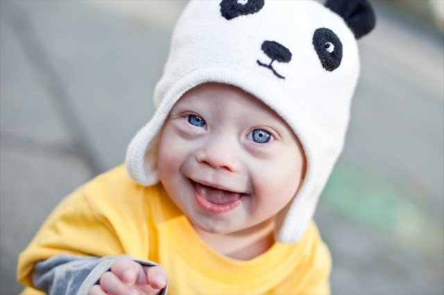 """noahsdad.com -- """"Our hope in creating this website is to help the world see what life is like for a family raising a child born with Down syndrome. We hope we can remove some of the unknown about Down syndrome, and in turn give people hope, encouragement, and support. """""""