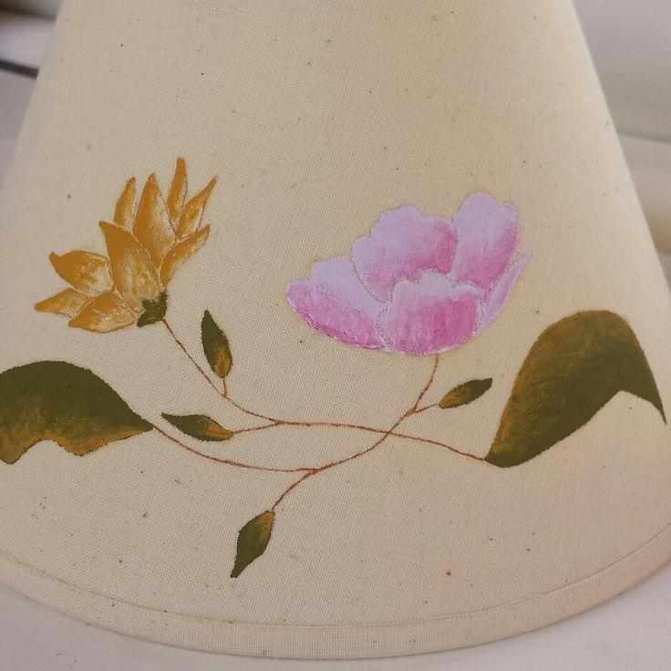 Tulipa lampara pintada a mano