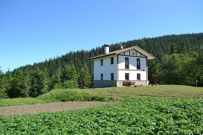 Caserio in Berroja (Urdaibai, Baskenland) #Baskenland #vakantieSpanje #NatuurSpanje