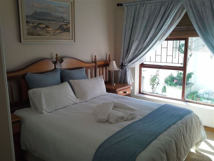 Willow Cottage - Willow Cottage is a private cottage set in a quiet neighbourhood, ideal for a relaxing holiday or just an overnight stop over. The cottage has its own separate and private entrance and can accommodate ... #weekendgetaways #george #gardenroute #southafrica