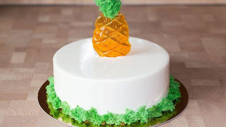 Муссовый торт Пина Колада с ананасом и кокосом
