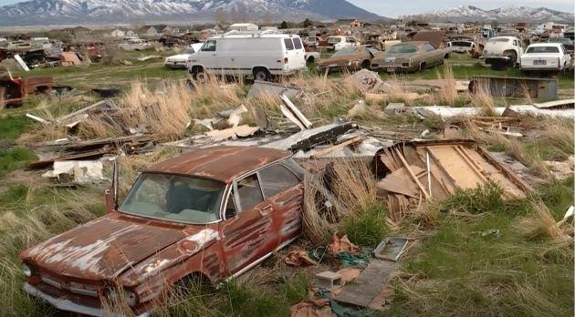 Closing Its Doors Utah S Only Classic Salvage Yard Car Abandoned Cars Classic Cars