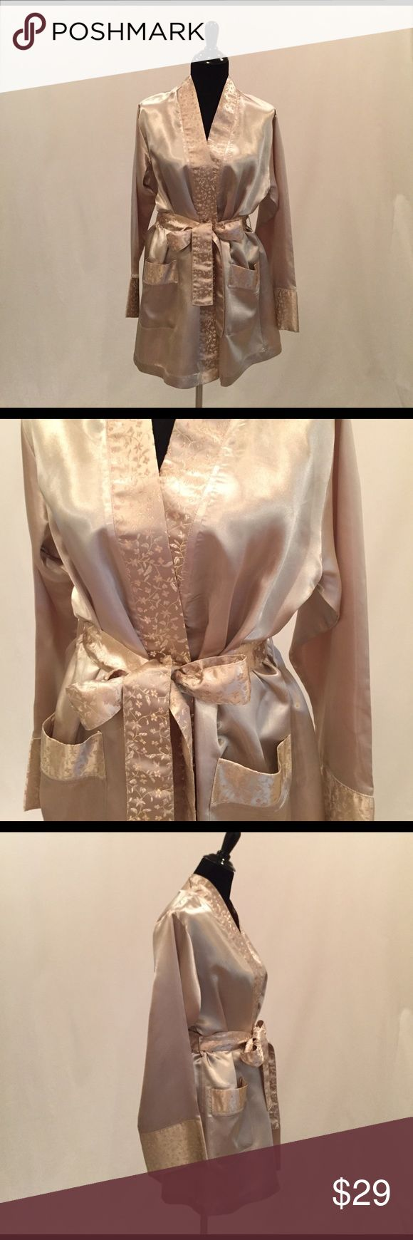 """Sarah Spencer Intimates Shiny Short Robe Shiny cream/light gold robe with light pink flower print ribbon-like accents and belt. Never worn. 30"""" Long. Sarah Spencer  Intimates & Sleepwear Robes"""