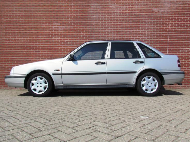 Bijzonder goed onderhouden Volvo 440 bouwjaar 1995 / eigenaar Volvo dealer Harrie Arendsen Doetinchem, Ruurlo en Zevenaar.