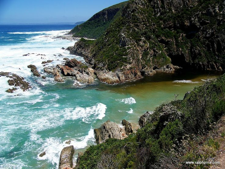 Blaauwkrantz at high tide - The Otter Trail, perhaps South Africa's most famous hiking trail - Ralph Pina