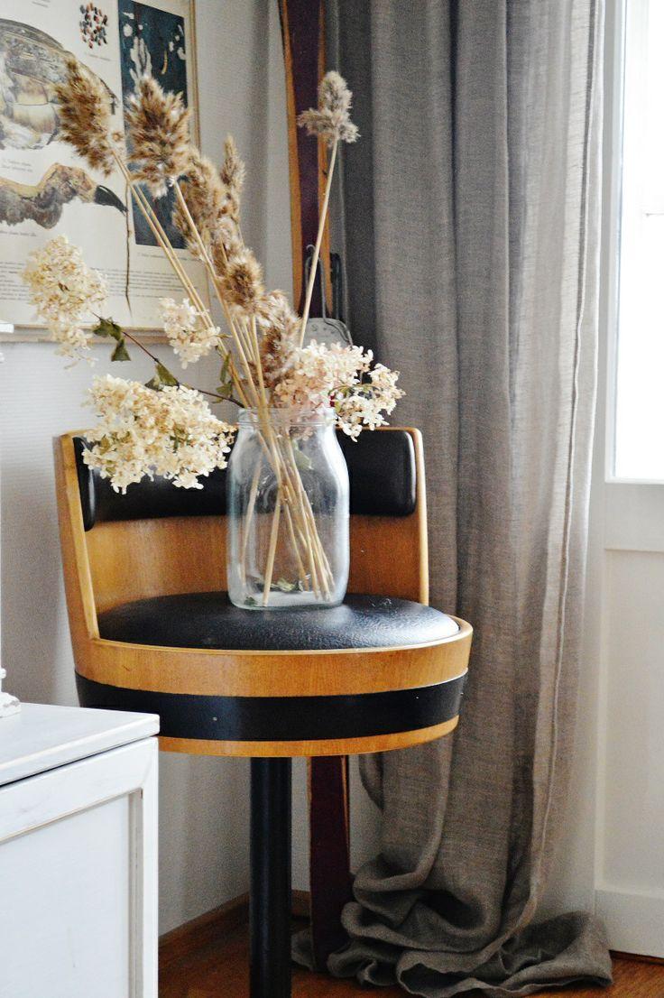 Vintage stool, Asko