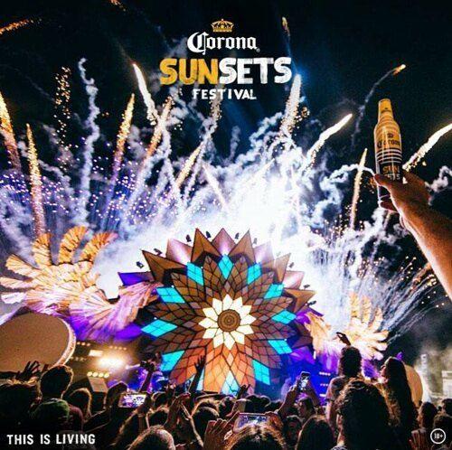 """""""I'd like to win tickets to the #CoronsSunSetsZA festival @justjadeblog @corona.  #ThisisLiving #JustJadeXCorona"""