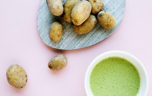 Papas Arrugadas med mojo verde – saltkartofler med grøn dressing