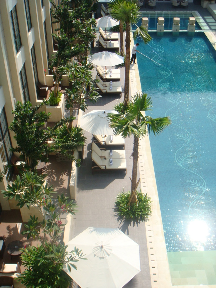 The Courtyard Pool Terraces