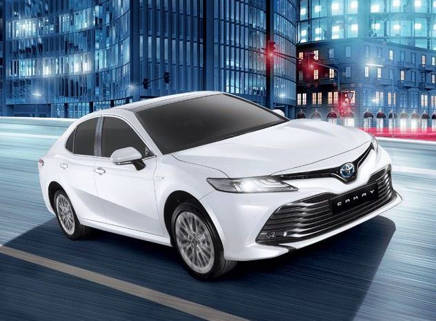 2020 Toyota Camry Hybrid Price Overview Review Photos Pakistan Fairwheels Com In 2020 Toyota Camry Camry Toyota