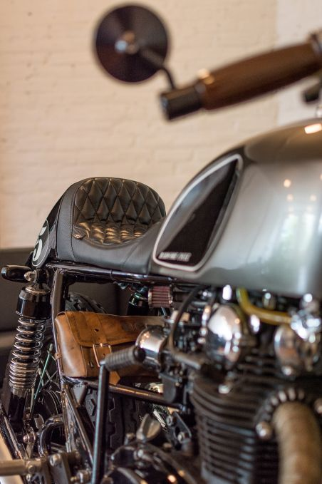 #black #cofee racer #cafe racer #design #english #motorcycle #custom #moto #café racer #hardcore cycle