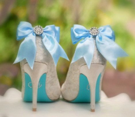 Actually, I just love the blue soles of these shoes!!!   (Sparkly Blue / White Bow Shoe Clips Shiny by sofisticata on Etsy): Blue Bows, White Bows, Aqua Blue, Satin Ribbons, Bow Shoes, Something Blue, Shoes Clips, Red Black, Bows Shoes