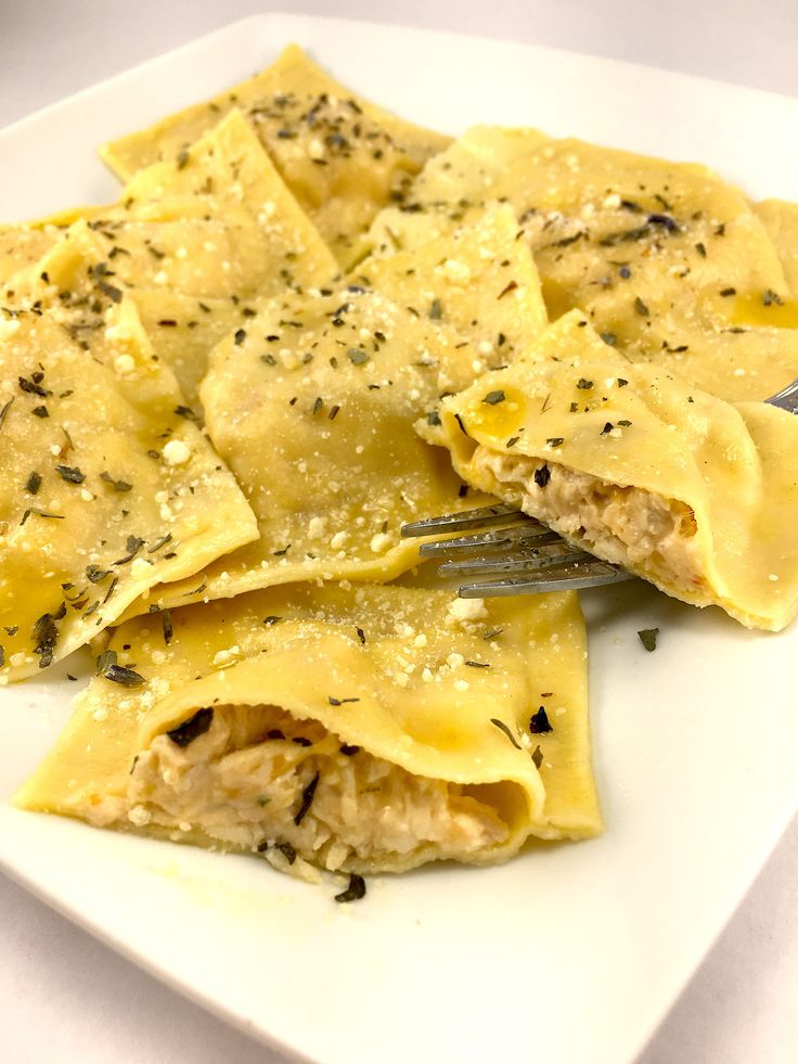 An easy to follow step by step guid on making homemade ravioli. No one will believe that its low fat Due to its creamy and rich tasting filling.