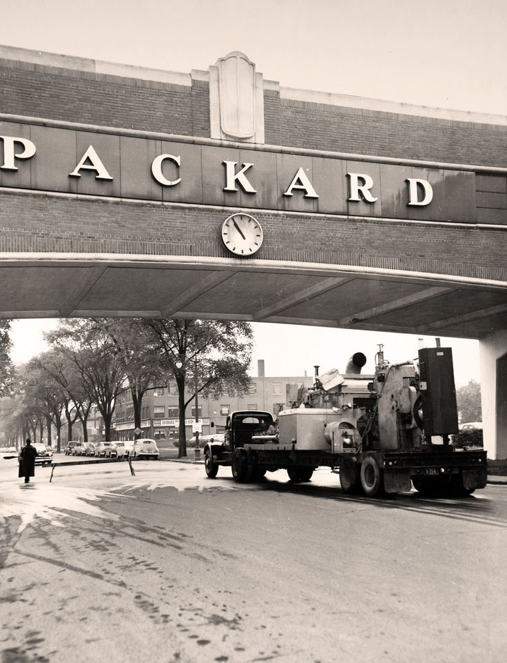 The Packard Plant: Then and now -- interactive comparison photos | City of Detroit | Detroit Free Press | freep.com