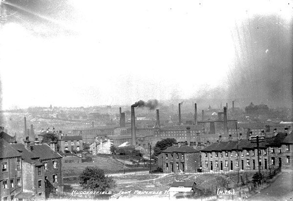 View of Huddersfield from Primrose Hill, 1910. Source: Kirklees Image Archive