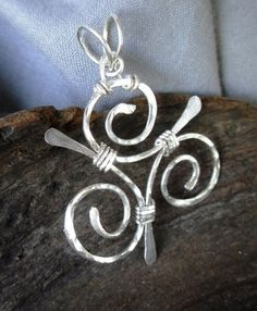 Painted Ladies Wire Wrap Jewelry (Knot 0413)