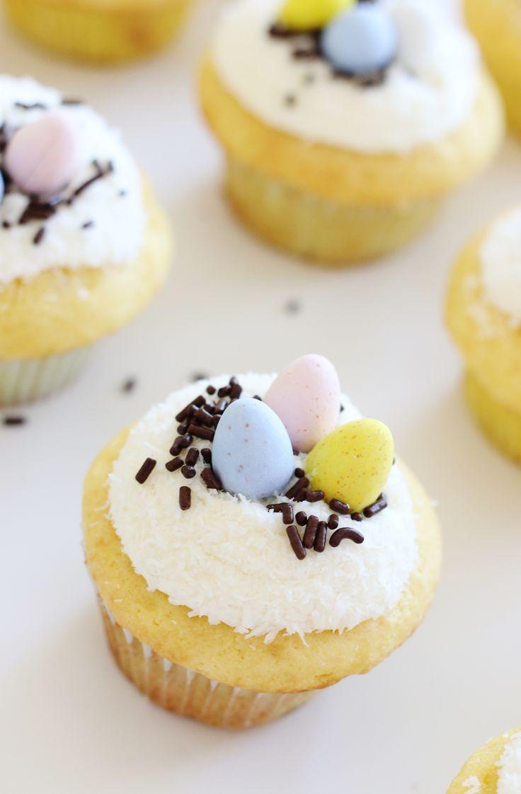 Machen Sie köstliche Ostern Cupcakes mit einer geheimen Zutat – Kuchenmischung! Dann fügen Sie cu hinzu …