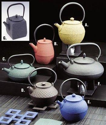 Cast iron tetsubin teapots
