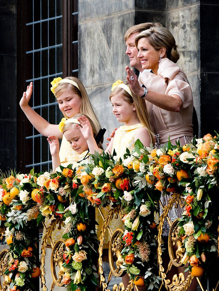 Inauguration of King Willem-Alexander...... after Queens we have a King with his Queen and little prinsesses  a sweet family.