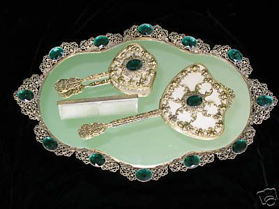 Antique Dressing Table Sets Nécessaires Travel Cases For Las And Gentlemen Interior Design Dresser Vanitydresser