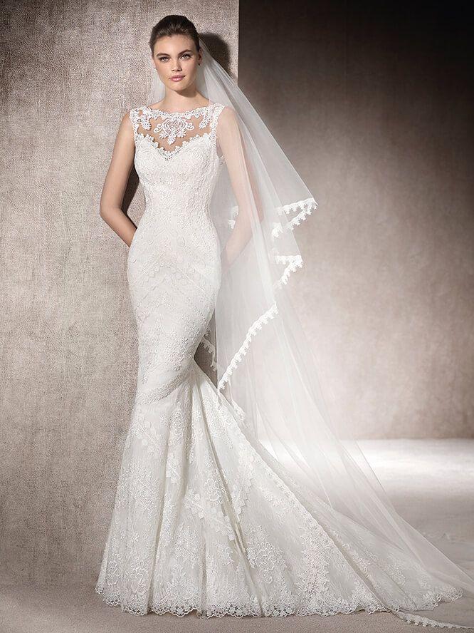 Wedding dress with bateau neckline - Milagro