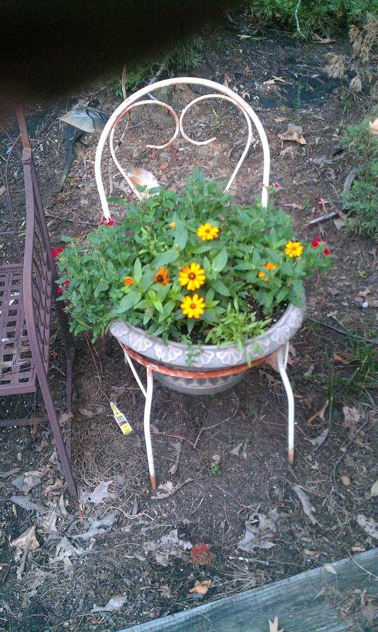 Stuhl bepflanzen