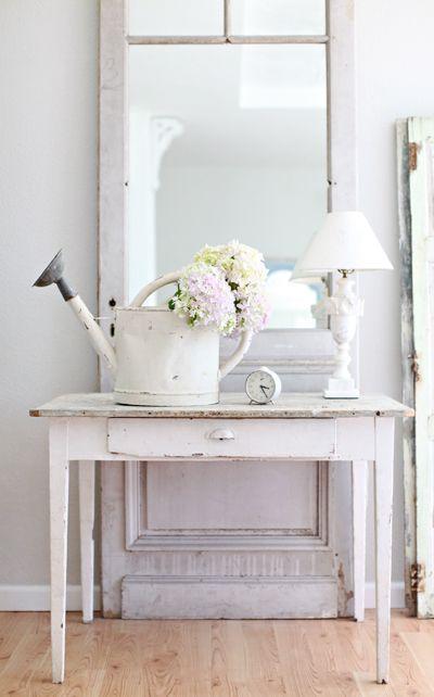 antique white decor