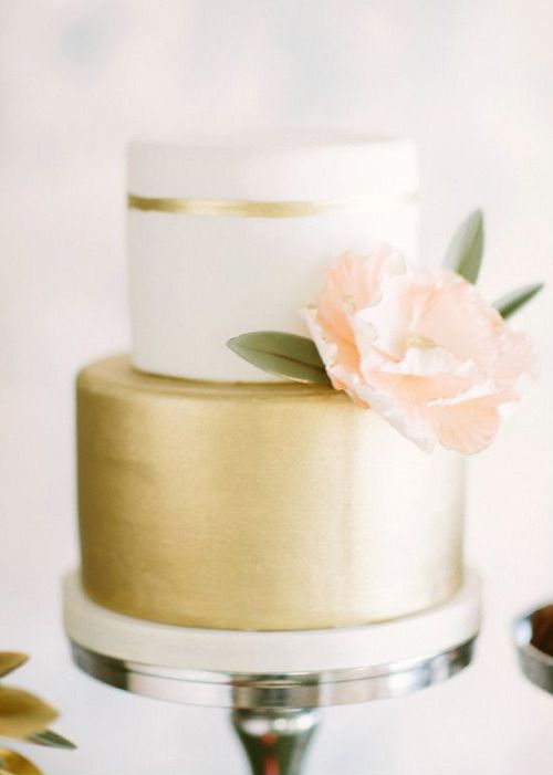 Gold and blush wedding cake.