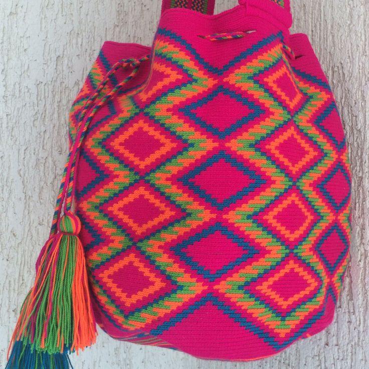 Sicodelica - Mochila Wayuu by Arhuak on Etsy