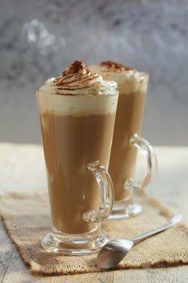 Ingrédients:     Portions:  1     1 dose (1.5 oz) de Bailey's   1 dose (1.5 oz) de whisky irlandais   1 tasse de café fraîchement pré...