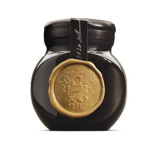 Marmarati:  Each jar is hand-dipped in black wax and stamped with the gold crest of the Marmarati.