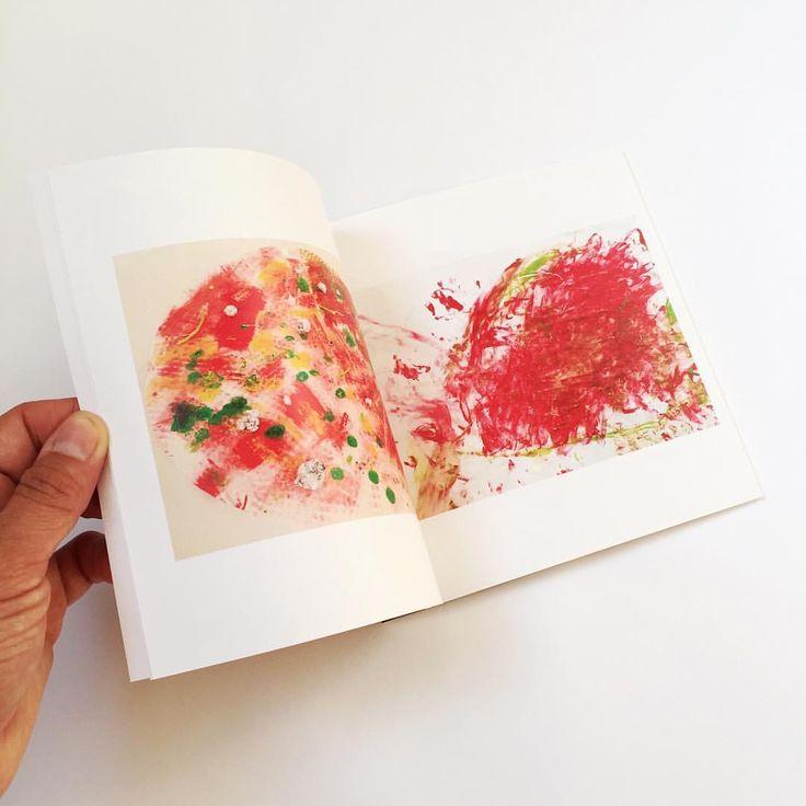 """65 Likes, 18 Comments - TUTA & COCO (@tutaetcoco) on Instagram: """"Les petits livres d'artiste carrés sont parfaits pour commencer une collection de l'art de votre…"""""""