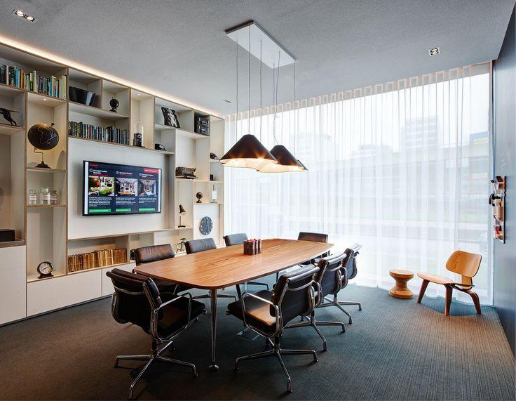 Afbeeldingsresultaat voor modern hotel conference room