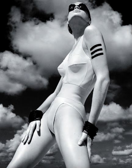 Albert Watson, Italian Vogue, Mauritius (1985)
