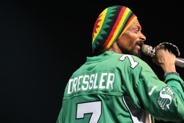 Snoop Dog wearing a Weston Dressler jersey