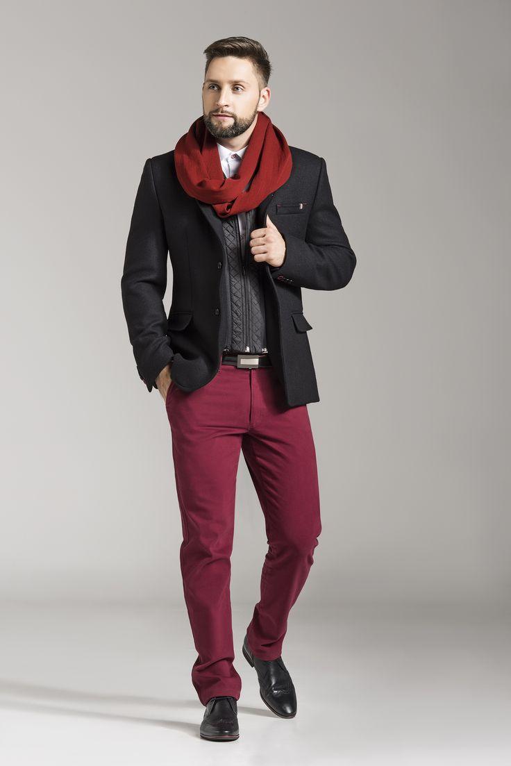 Idealna jesienna propozycja dla ludzi ceniących sobie ciepło i elegancje. Dzięki odpinanej podpince poczujemy ciepło i komfort, a wełniana marynarka sprawi, iż poczujemy się prestiżowo.   #marynarka #kurtka #moda #męska #jfryderyk #j #fryderyk #jesień #2015 #suit #jacket #mensfashion #men #fashion #style #autumn